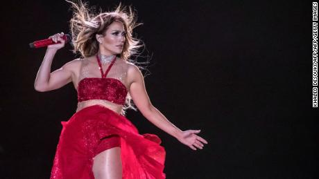 In honor of J-Lo's Golden Globe nomination, fan urges passengers on JetBlue to watch 'Hustlers'