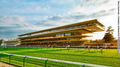 Paris' Longchamp racecourse gets ready for 'the best race in the world'