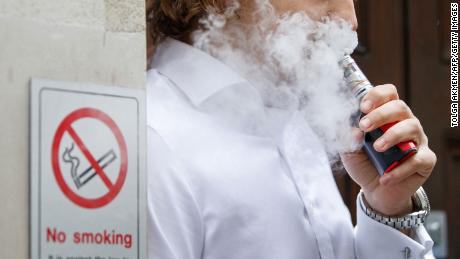 Vaping-related lung injuries now in all states but one, new CDC numbers show