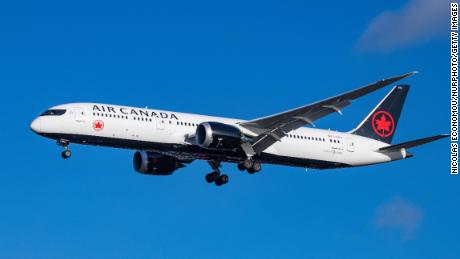 Air Canada will use gender-neutral terms instead of saying 'ladies and gentlemen' on flights