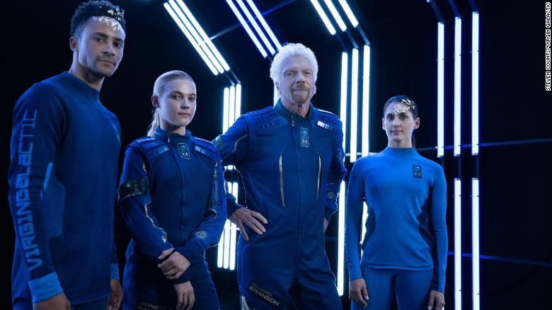 Star Trek-like: Virgin Galactic unveils commercial space suits
