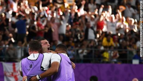 Coupe du monde de rugby: l'Angleterre s'impose en demi-finale avec une victoire emphatique sur l'Australie