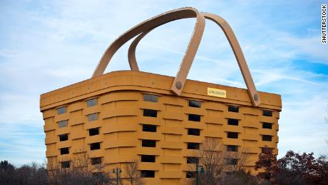 Basket-shaped building to become a luxury hotel