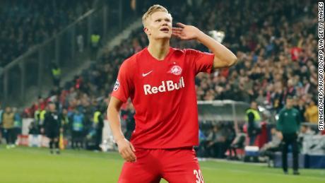 """Erling Braut Håland a """"le potentiel d'être incroyablement bon joueur"""", déclare l'entraîneur de Salzbourg"""