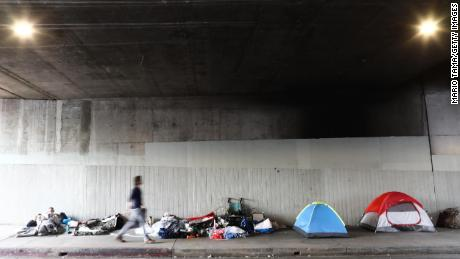Los Angeles reaches deal with county on relocating homeless