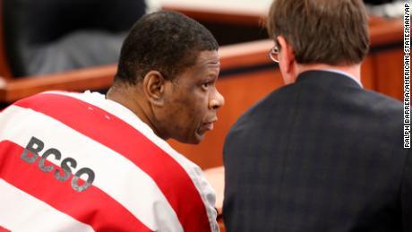 Rodney Reed dự kiến sẽ bị xử tử ở Texas trong tháng này. Một nhân chứng mới tuyên bố anh ta vô tội