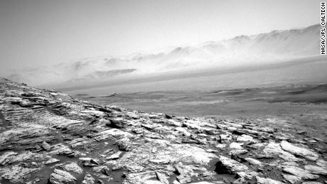 NASA's Mars Curiosity Rover Captured Images Of A Somewhat Eerie Vista
