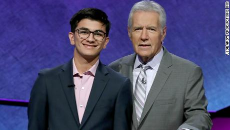 'Jeopardy!' champ donated $10,000 to cancer research in Alex Trebek's honor