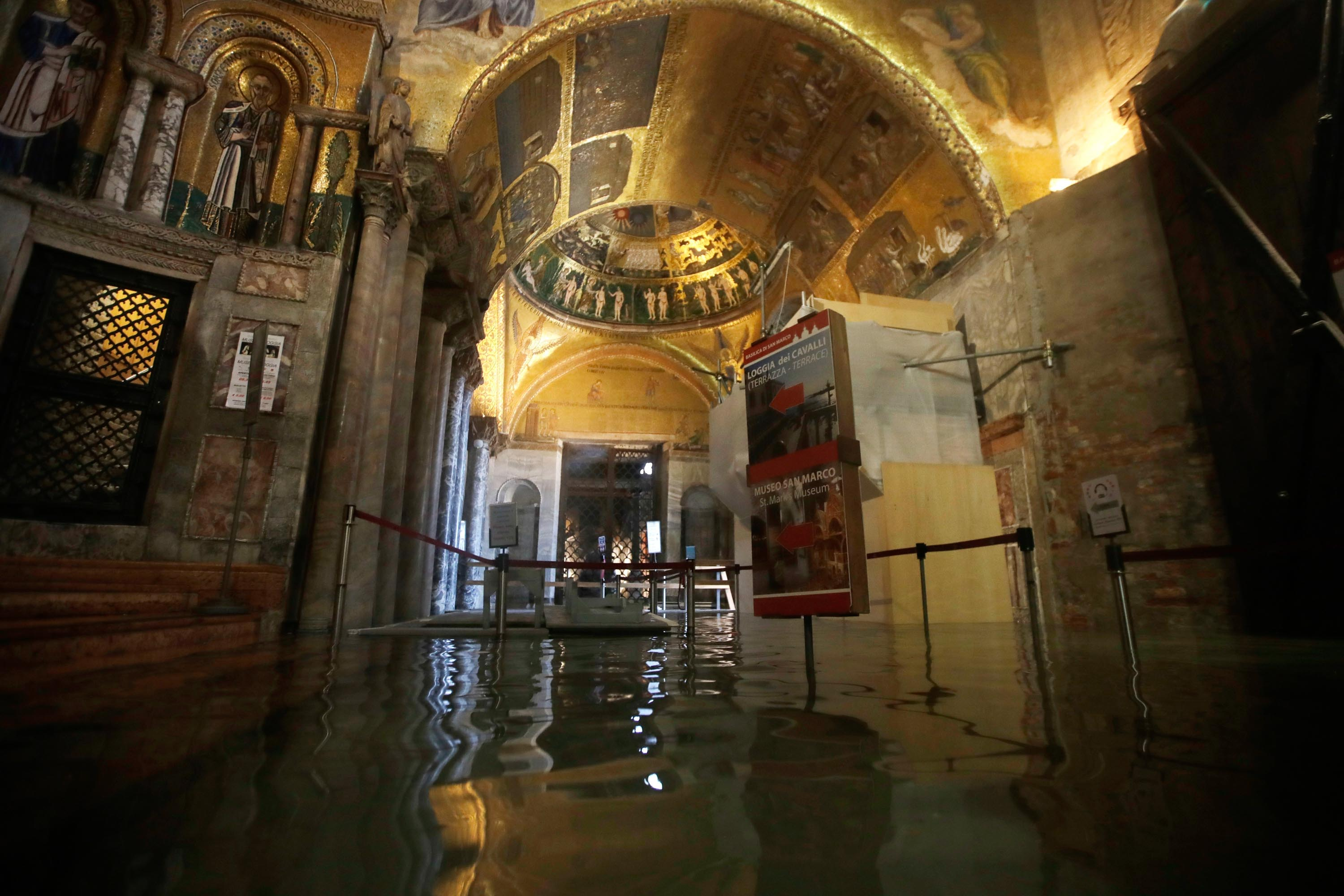 Visiting Venice After The Floods Tourist Shares Her First
