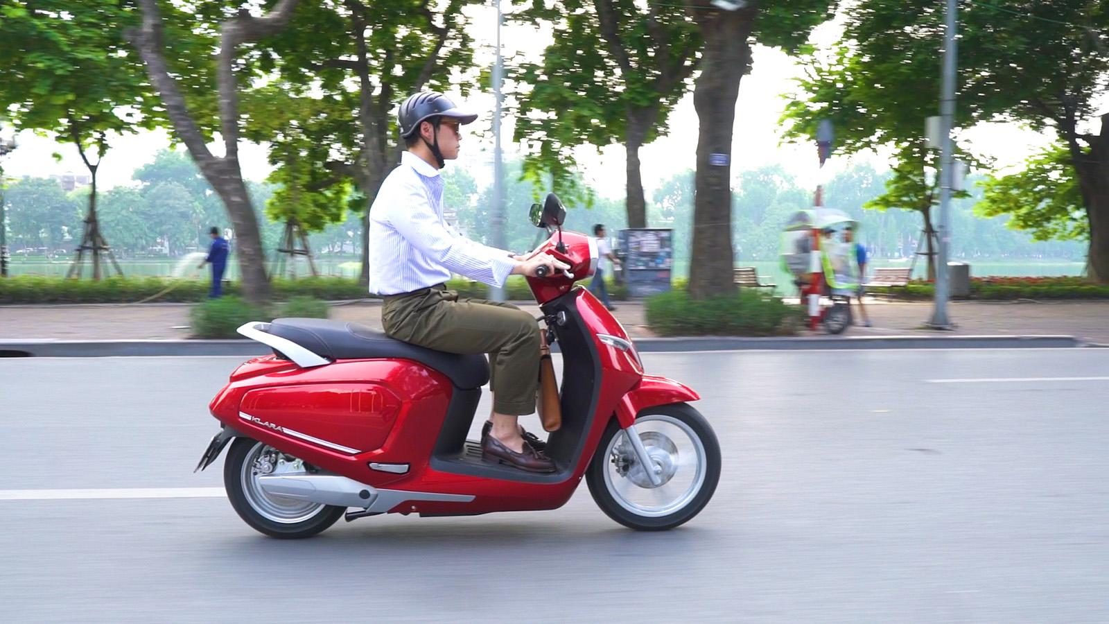 Scooter moto - cover smartphone e gps - parti moto scooter