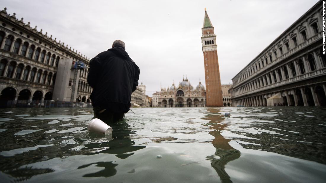 Venedig ist Hochwasser-was liegt vor uns für seine kulturellen und historischen Sehenswürdigkeiten?
