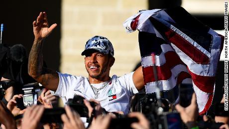 """Lewis Hamilton espère que le nouveau contrat Mercedes pourra être réglé """"bientôt"""""""