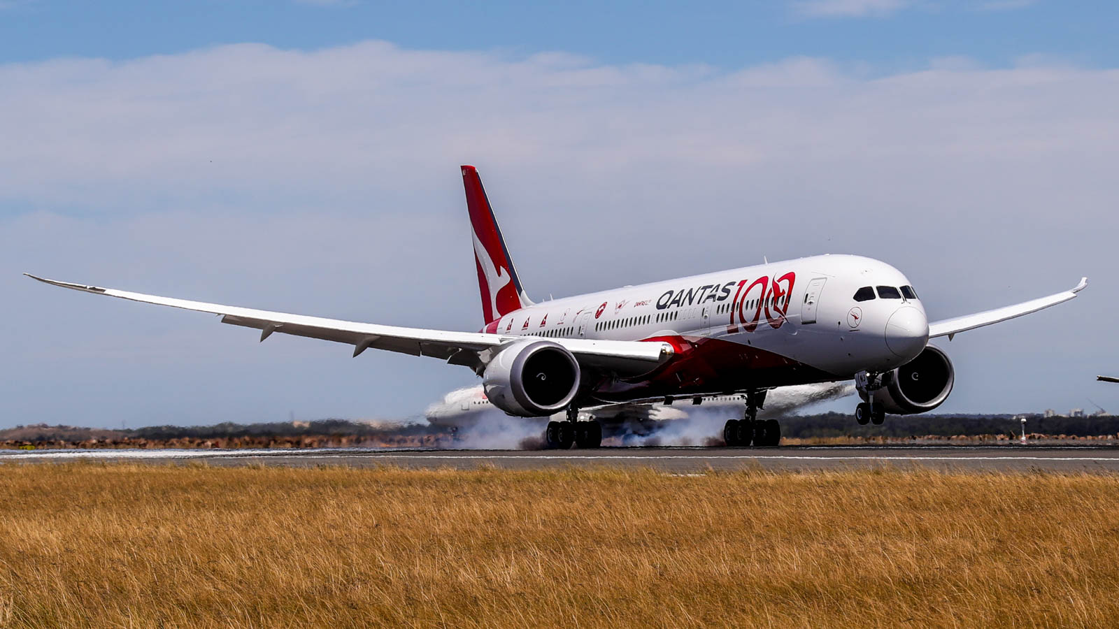 Qantas nonstop flight from London to Sydney: What we learned ...