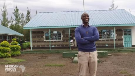 Kenya's 'World's Best Teacher' gives away 80% of his monthly income to help the poor