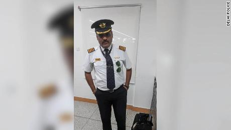 Man arrested at Indian airport for impersonating Lufthansa pilot