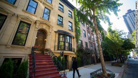 The crackdown on secret real estate listings