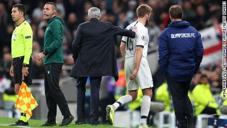 Jose Mourinho loue le garçon de balle après la victoire de Tottenham en Ligue des champions