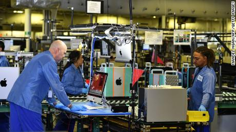 American manufacturing sector contracts fourth month in a row