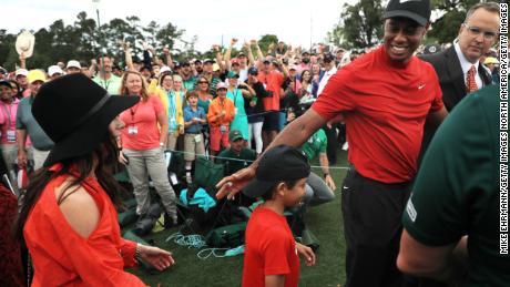 Tiger Woods dit que ses enfants ne parlent pas de sa victoire aux Masters