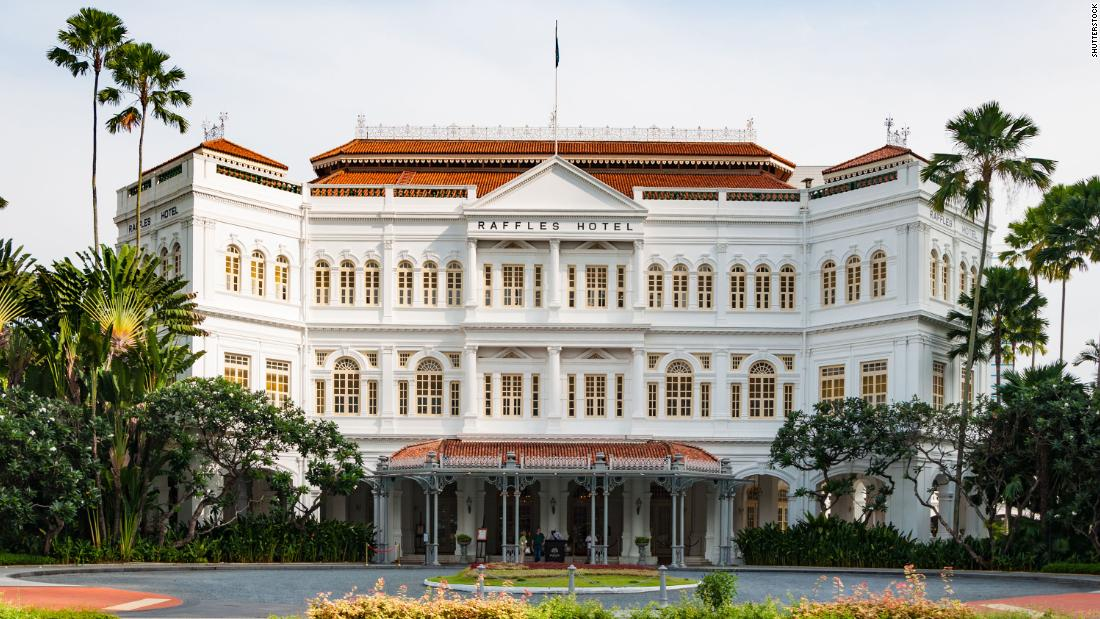 10 famous buildings in Singapore