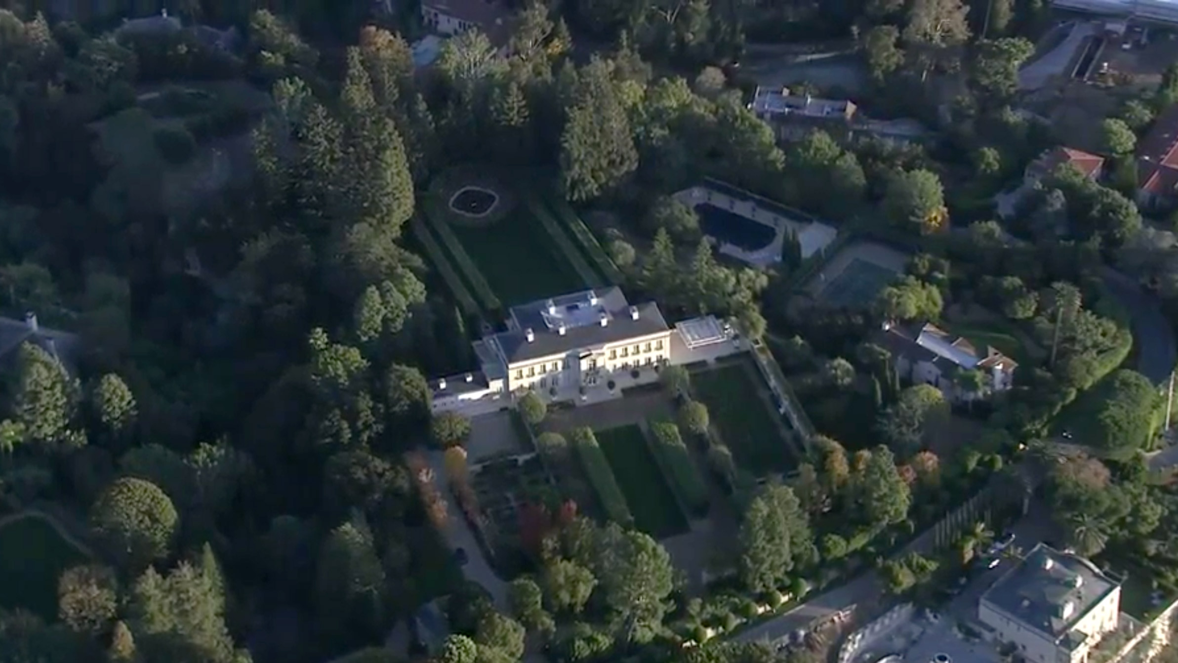 Beverly Hillbillies Mansion Chartwell Sells For 150 Million Becoming California S Most Expensive Property Cnn Style