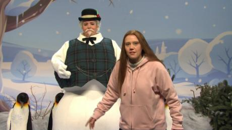 Aidy Bryant as the Snowman and Kate McKinnon as Greta Thunberg