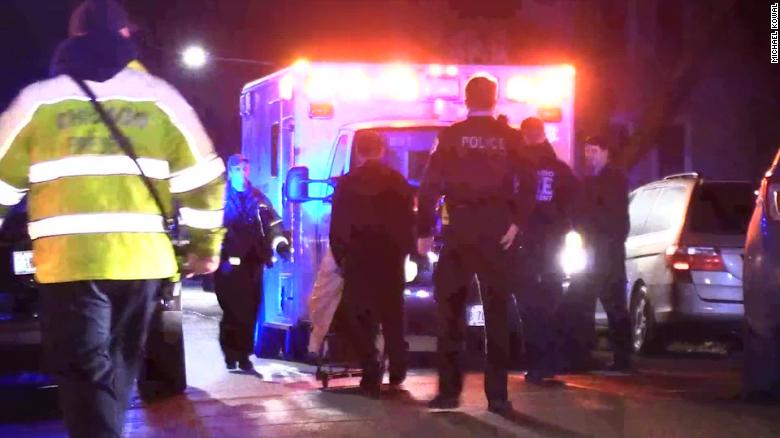 13 people injured following shooting at house party in Chicago