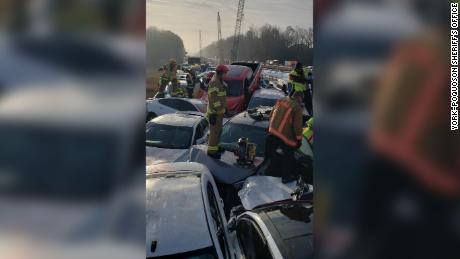 Dozens injured in 69-vehicle USA pile-up, United States News & Top Stories