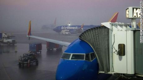 Dense fog causing significant issues at Chicago's O'Hare and Midway airports
