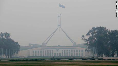 La star du tennis Nick Kyrgiois critique le Premier ministre australien Scott Morrison pour sa réponse «lente» aux incendies de forêt