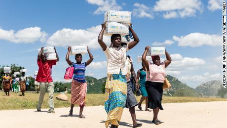 Empty stomachs and unpaid salaries, Zimbabweans face a bleak 2020 as economic crisis deepens