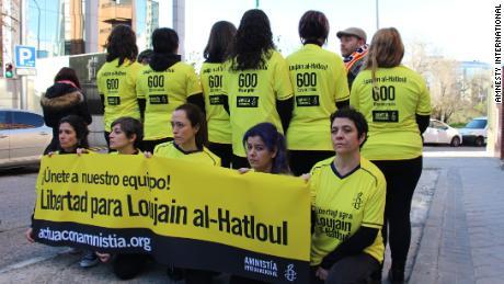 Exige la libération d'un activiste saoudien alors que le Royaume accueille la Super Coupe d'Espagne