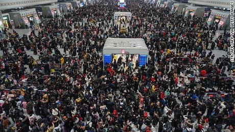 3 billion journeys: World's biggest human migration begins in China