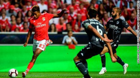 Gedson Fernandes: le nouveau transfert de crédit de Tottenham espère imiter Cristiano Ronaldo
