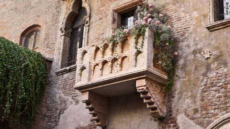 Shakespeare fans can stay in Juliet-inspired house this Valentine's Day
