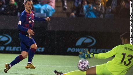 Antoine Griezmann scores Barcelona's winning goal in the 94th minute against Ibiza.