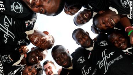'Retournez dans votre pays': la star du rugby Maxime Mbanda se souvient d'une attaque raciste