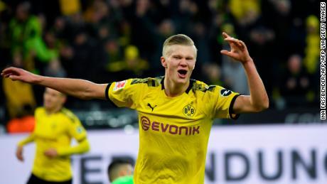 Erling Braut Håland poursuit un record de scores incroyable pour le Borussia Dortmund