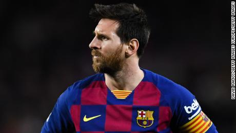 Lionel Messi has launched an attack on the club's hierachy.