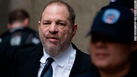 Harvey Weinstein fait face à 6 autres accusations d'agression sexuelle à Los Angeles