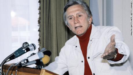 Actor and president of the jury Kirk Douglas gives a press conference on May 17, 1980 during the 33th Cannes International Film Festival.