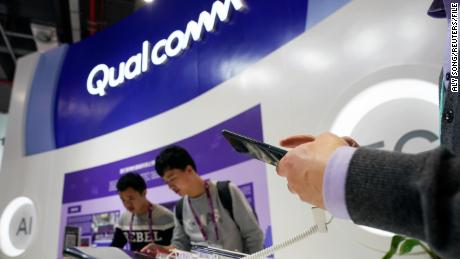 Qualcomm warns that 'uncertainty' about coronavirus could hit the smartphone industry