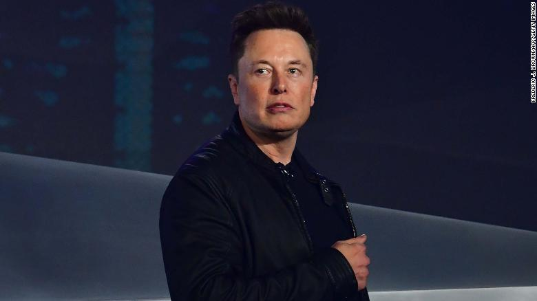 Elon Musk announces California factory reopening against government guidance