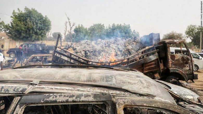 30 người chết, bao gồm cả phụ nữ mang thai và em bé, ở Nigeria tấn công phiến quân