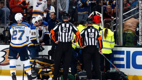 Blues' Jay Bouwmeester has implant to help regulate heart rhythm