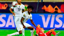 Partey (C) vies for the ball with Tunisia's forward Taha Yassine Khenissi (R) during the 2019 Africa Cup of Nations (CAN) Round of 16 football match between Ghana and Tunisia at the Ismailia Stadium in the Egyptian city on July 8, 2019.