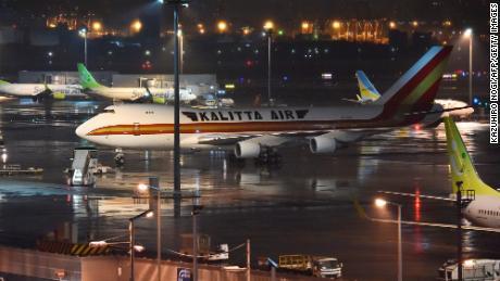 Coronavirus crisis: Stranded Aussie cruise ship passengers prepare for flight home