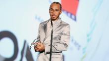 Lewis Hamilton pide diversidad e inclusión después de ganar el premio Laureus
