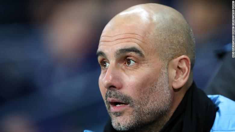 Pep Guardiola cho biết ông dự định ở lại Manchester City bất chấp lệnh cấm của UEFA.
