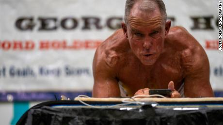62-year-old former Marine sets Guinness World Record by holding plank for over 8 hours